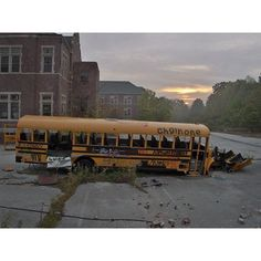 Abandoned school bus, Pennhurst ❤ liked on Polyvore featuring pictures
