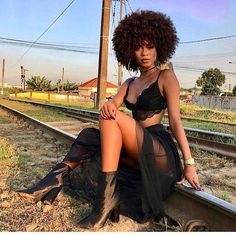 black women models with short hair Kinky Curly Hair, Curly Hair Styles, Natural Hair Styles, Black Girl Magic, Black Girls, Black Women Style, Black Girl Style, Hot Black Women, Black Girl Swag