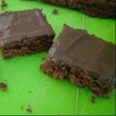Brownie de chocolate com cobertura de brigadeiro