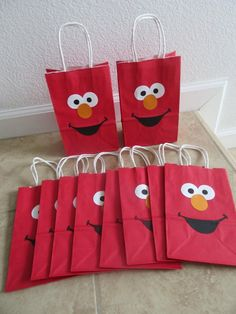 Your place to buy and sell all things handmade Elmo Party Favors, Party Favor Bags, Goody Bags, Treat Bags, Favor Boxes, Birthday Gift Bags, Elmo Birthday, Sesame Street Party Supplies, Paper Bag Crafts