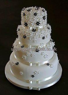 Black and White wedding cake: