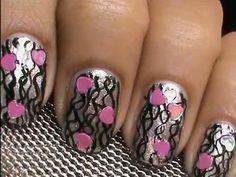 uñas con rayas san valentin #sanvalentin #uñasrayas Valentines Day Holiday, Valentine Nail Art, Holiday Nails, Best Nail Art Designs, Heart Nails, Nail Art Hacks, Cool Nail Art, Fun Nails, Hair And Nails