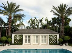 Manicured tailored must be Palm Beach