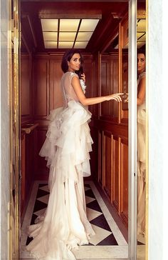 Sylwia Romaniuk Fashion Designer Beautiful wedding dress with a trail Model Sara Faraj