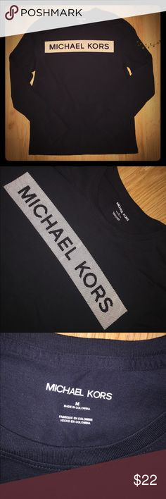 Men's MICHAEL KORS LONG SLEEVE SHIRT SIZE MEDIUM Men's MICHAEL KORS LONG SLEEVE SHIRT SIZE MEDIUM KORS Michael Kors Shirts Tees - Long Sleeve