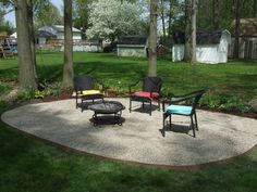 Beautiful Garden And Exterior Design Using Pea Gravel Landscape With