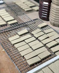 杉浦製陶株式会社 / SUGY(@sugy.ceramic.tile) • Instagram写真と動画 How To Make Tiles, Construction, Instagram, Building