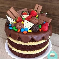 Pretty Cakes, Cute Cakes, Yummy Cakes, Candy Cakes, Cupcake Cakes, Birthday Desserts, Birthday Cake, Bolos Naked Cake, Cake Recipes