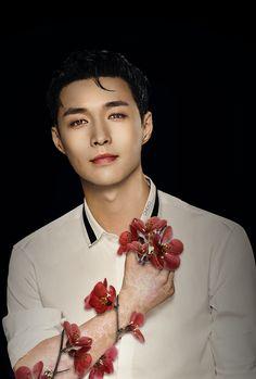 Yixing Exo, Baekhyun Chanyeol, Park Chanyeol, Changsha, Exo Ot12, Kpop, Exo Members, Wattpad, Libra