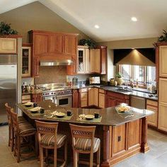L Shaped Kitchen Island Design, Pictures, Remodel, Decor And Ideas. Maybe  If My Kitchen Was A Tad Bigger.