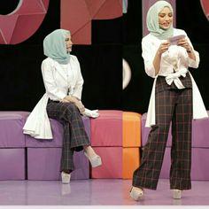 Pretty as always Islamic Fashion, Muslim Fashion, Modest Fashion, Fashion Dresses, Hijab Gown, Hijab Outfit, Muslim Beauty, Hijab Styles, Hijab Chic