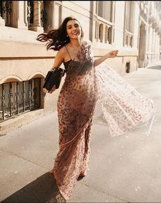 Dress Indian Style, Indian Fashion Dresses, Indian Designer Outfits, Indian Designers, Indian Fashion Trends, Indian Bridal Outfits, Indian Bridal Wear, Indian Wear, Saree Wearing Styles