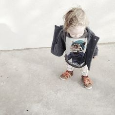 Baby style. Tiger shirt - love!