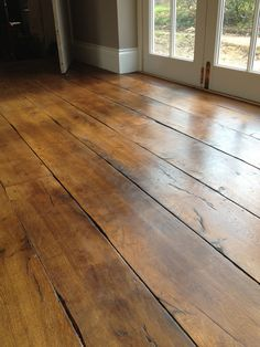 Flooring in house: light waxed oak with heavily worked edges Reclaimed Oak Flooring, Rustic Wood Floors, Wooden Flooring, Hardwood Floors, Wide Plank, Plank Flooring, Home Remodeling, House Design, Floor Design