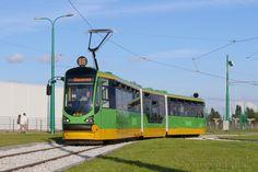 Poznań, tramwaj Modertrans Moderus Beta #423 - #Poznan, #tramwaj, #tram Train Light, Rail Europe, Heavy And Light, Light Rail, Spacecraft, Transportation, Scenery, Cars, Vehicles
