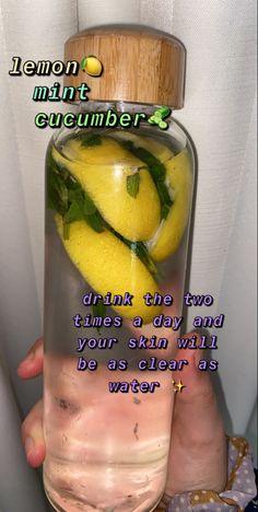 Healthy Skin Tips, Healthy Water, Healthy Detox, Good Healthy Recipes, Healthy Smoothies, Healthy Drinks, Smoothie Recipes, Healthy Snacks, Healthy Eating