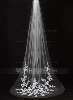 Cathedral Bridal Veils Tulle One-tier Drop Veil Cut Edge Applique 118.11 in (300cm) White Ivory Ivory Spring Summer Fall Winter Color & Style representation may vary by monitor  Wedding Veils