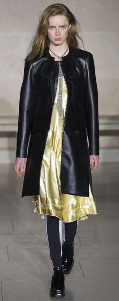 Louis Vuitton Outono inverno 2017/18 Paris - Slip dress