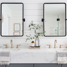 "Eye For Pretty on Instagram: ""Up close and personal because black+brass+marble will always be a favorite combo of mine! The mirrors are @rejuvenation for those that…"""
