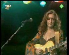 BONNIE RAITT-Angel from Montgomery  (sometime in the 70's . . . this was what good 70's music sounded like.)