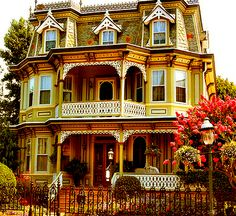 painted ladies ~ Reminds me of the Munster's Homstead except with more color and it isn't dilapidated.