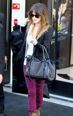Okay, I love the magenta jeans here, but I mostly love Rachel Bilson's hair! Not too orange at the ends, and those bangs are super cute too!