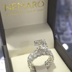 Wedding Rings Scalloped diamond engagement ring with matching band and  center round diamond aec3bfe345
