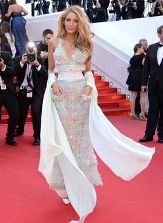 Blake Lively in Chanel haute couture.