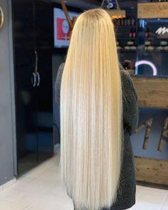 Long Silky Hair, Super Long Hair, Long Hair Cuts, Bun Hairstyles For Long Hair, Beautiful Hairstyles, Straight Hairstyles, Blonde Curly Hair, Long Blond, Beautiful Red Hair