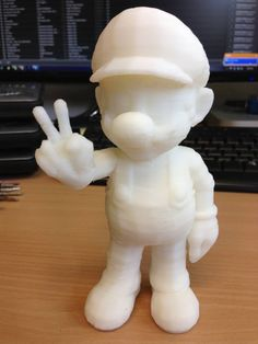 This Mario below is very different from those official action figures, it is made and printed by Seigey on a 3D printer and then painted afterwards.