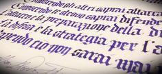 Calligrafia gotica texture, Sun Tzu. Info: www.bellascrittura.eu