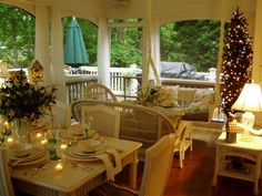 Screened porches you can live on! <3