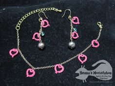 Hearty - Accessories with tatted motives and pearls.How lovely!