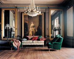 emerald green, gold, black, blue  Grand bohemian. Photo Tobias Harvey