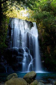 Kuwanoki Falls, Wakayama, Japan
