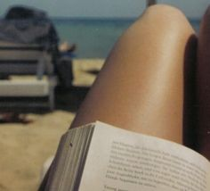 Good Reads: My Summer Reading List by Lauren Conrad