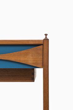 Arne Vodder vanity in teak by N.C Møbler at Studio Schalling