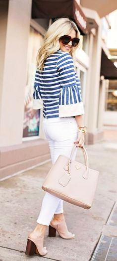 summer outfits Striped Top + White Skinny Jeans + Beige Open Toe Pumps