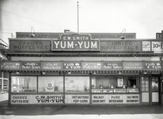 """San Francisco circa 1930s. """"C.W. Smith's Yum-Yum candy concession along the Great Highway at Playland-at-the-Beach."""" 8x10 nitrate negative attributed to George or Leo Whitney. From the Marilyn Blaisdell Collection :: Shorpy Historic Picture Archive :: Hot and Buttered: 1930 high-resolution photo"""