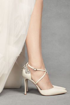 Pointed-Toe Cross-Strap Heels with Crystal Back Style VWFS186 5f482862207e