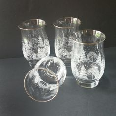 Set of 4 vintage tumblers available and ready to be shipped. These tumblers would be a great addition to a Christmas/holiday table decor! Christmas Drinking Glasses, Gold Rimmed Glasses, Iced Tea Glasses, Christmas Table Decorations, Vintage Glassware, Gifts For Women, Photos, Winter Trees, Winter Holidays
