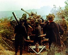 88mm Flak M 39® captured soviet cannon, during the Battle of the Seelow Heights (1945), after being refitted to accept 88mm ammunition. Pin by Paolo Marzioli