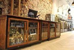 ≥ Antieke oude vitrine toonbank vitrinekast winkelkast - Antiek   Kantoor en Zakelijk - Marktplaats.nl