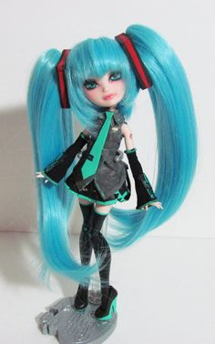 Ever After High Repaint Custom OOAK Hatsune Miku by Hextian