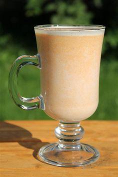 Sütőtök latte (tejes sütőtök ital) - Nemzeti ételek, receptek Latte, Starbucks, Food And Drink, Beer, Mugs, Tableware, Drinks, Alcohol, Root Beer