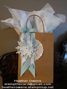 Gift Packaging using the Festive Flurry Ornament it from  Stampin' Up!