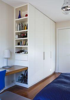 www.ebano.pl #ebano #nowoczesnaszafa #mebledodomu #inspiracje Bedroom Cupboard Designs, Wardrobe Design Bedroom, Room Design Bedroom, Home Room Design, Closet Bedroom, Home Office Design, Home Office Decor, Home Bedroom, Bedroom Decor