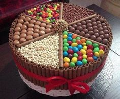 A cake that Willy Wonka would love