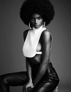 "crystal-black-babes: ""Black Women In Natural Hairstyles: Tsheca White - Black Natural Afro Hairstyle Galleries: Tsheca White Black Power, Black Girls Rock, Black Girl Magic, My Black Is Beautiful, Beautiful Women, Poses Modelo, Tv Movie, Pelo Afro, Pelo Natural"