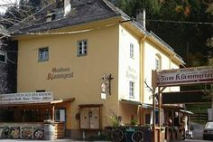 Gasthaus Klammgeist Lokal, Restaurants, Kitchens, Eating Well, Food And Drinks, Ghosts, Restaurant, Diners